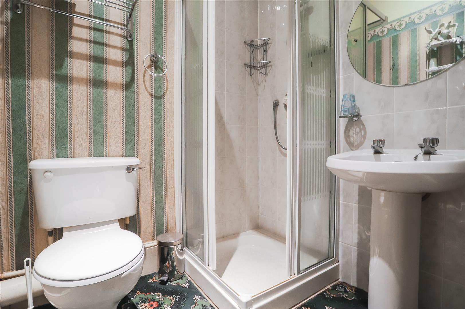 5 Bedroom Detached House For Sale - Image 56